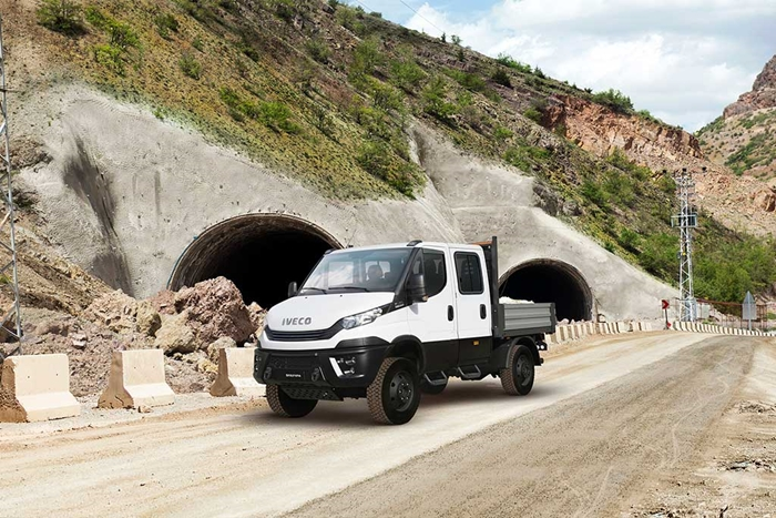 Iveco_daily_4x4_4.jpg