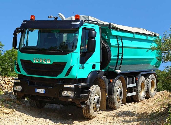 Iveco-trakker-10-2739.jpg