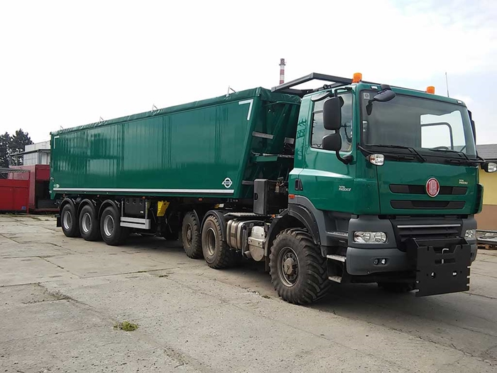 TATRA_PHOENIX_Euro5_6x6_traktor_tahac_navesu_triosy_velkoobjemovy_naves_bodex.jpg