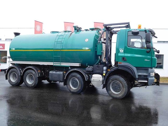 TATRA_PHOENIX_Euro5_8x8_traktor_fekalni_cisterna.jpg