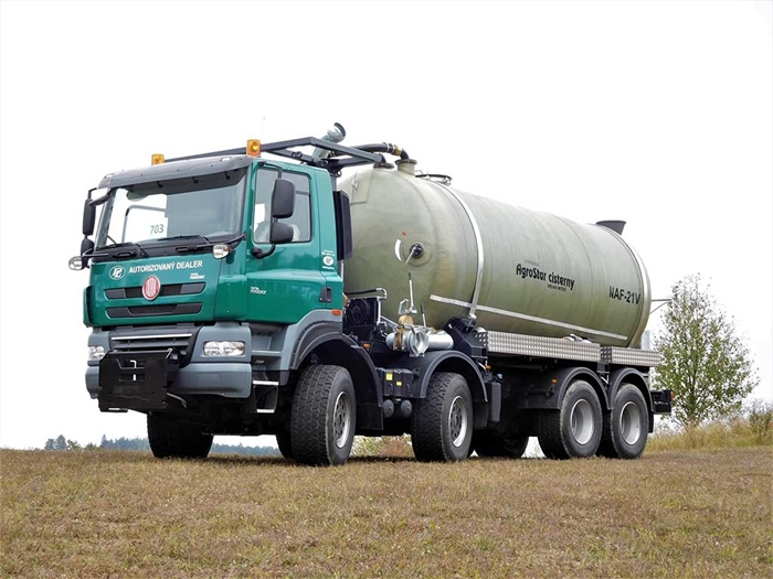 TATRA_PHOENIX_Euro5_8x8_traktor_fekalni_cisterna_1.jpg