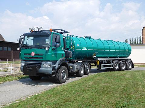 tahac_TATRA_PHOENIX_Euro5_6x6_traktor_tahac_navesu_triosny_naves_cisterna_meprozet.jpg