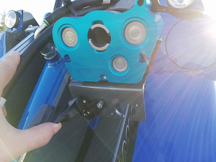 MultiOne-hydraulicka-rychlospujka-se-zasuvkou-12V.jpg