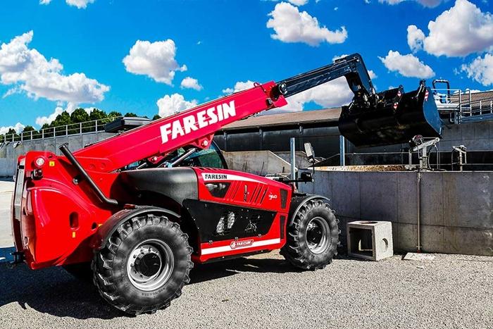 Faresin-9-60-HLS-74-rada-heavy-duty-teleskopicky-manipulator-zemedelstvi-(12).jpg