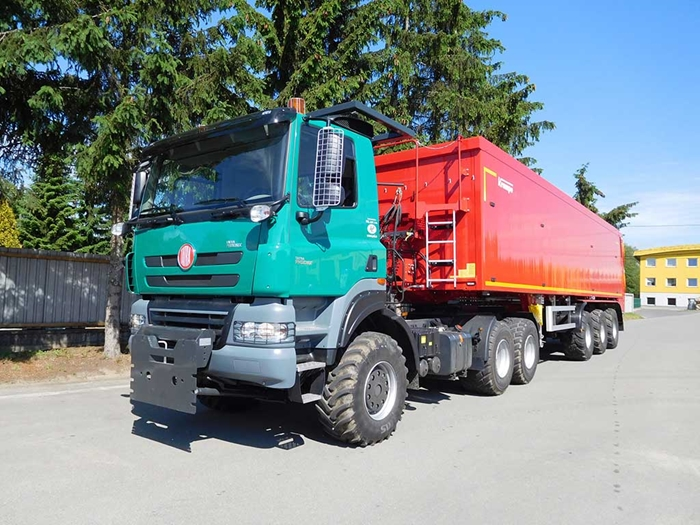 TATRA_PHOENIX_Euro5_6x6_traktor_naves_KRAMPE_2.jpg