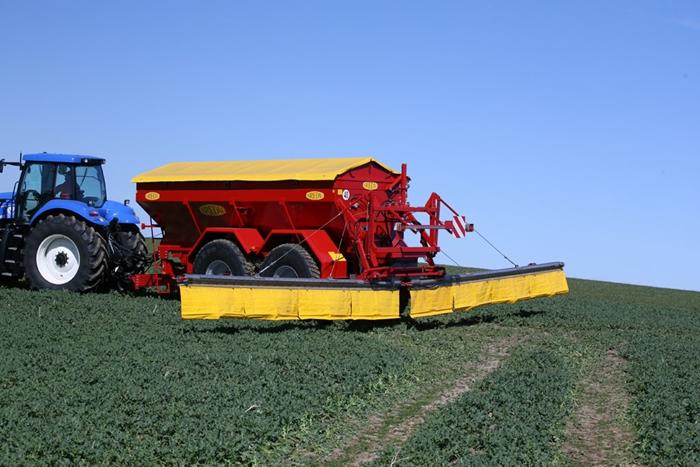 K135L-with-12-meter-auger-c.jpg