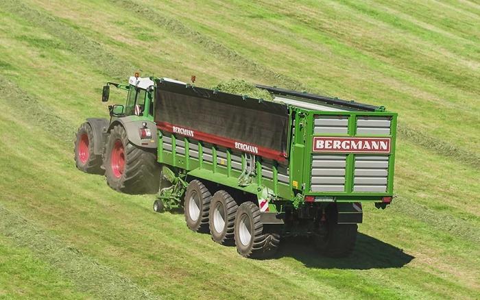 BERGMANN_Ladewagen_SHUTTLE_490_S_1.jpg