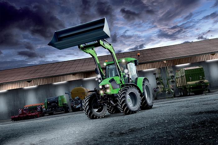 Traktor_Deutz-Fahr_5110-5125_3.jpg