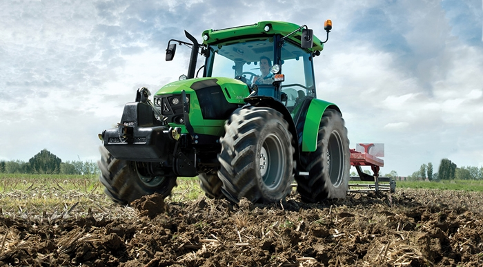 Traktor_Deutz-Fahr_5G_2.jpg