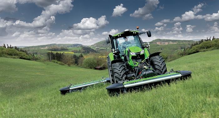Traktor_Deutz-Fahr_Agrotron6_3.jpg