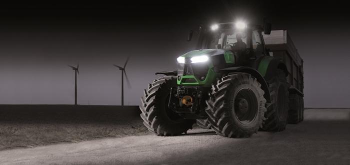 Traktor_Deutz-Fahr_Agrotron9_3.jpg