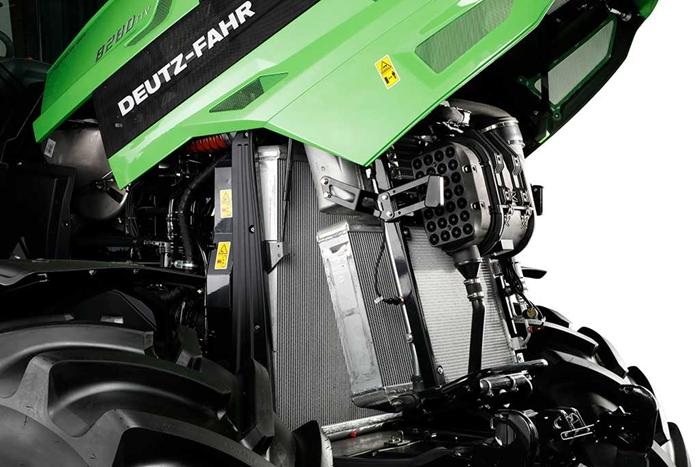 8280TTV-studio-motor.jpg