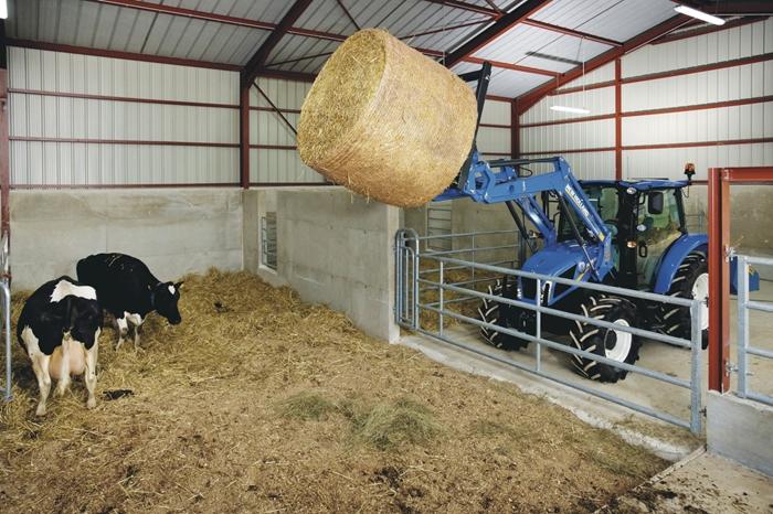 Traktor_New_Holland_T4_2.jpg