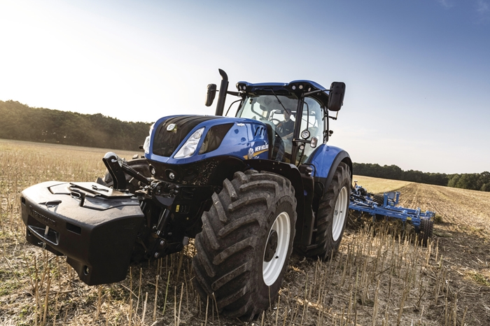 Traktor_New_Holland_T7HD_3.jpg