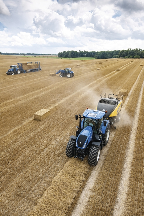 Traktor_New_Holland_T7HD_4.jpg