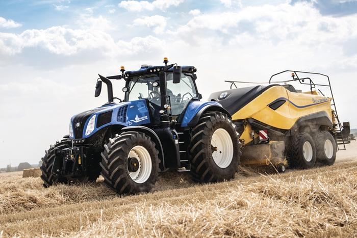 Traktor_New_Holland_T8_2.jpg